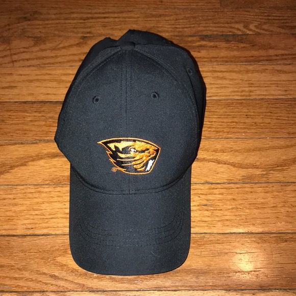 cheap for discount 8ce77 1e4f9 Nike Golf Oregon State Beavers DriFit Hat 🔥